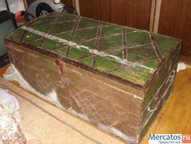 Продаю старинный сундук. 19 век. Дерево, ковка, частично чеканка 3
