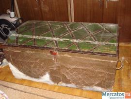 Продаю старинный сундук. 19 век. Дерево, ковка, частично чеканка 4