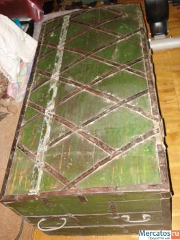 Продаю старинный сундук. 19 век. Дерево, ковка, частично чеканка 5