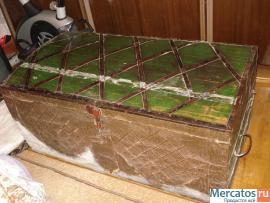 Продаю старинный сундук. 19 век. Дерево, ковка, частично чеканка 7