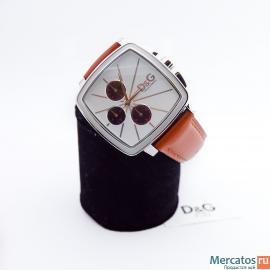Наручные часы D&G и Roberto Cavalli