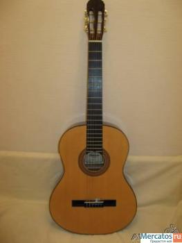 Продаю новую, шестиструнную гитару H