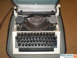 """Печатная машинка """"Ортех"""" 1982 г"""