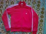Спортивный костюм Adidas р-р 44 новый!