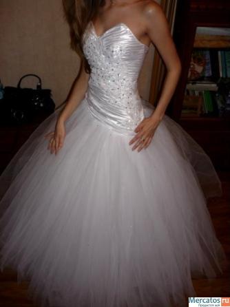 Свадебные платья пышные со стразами.