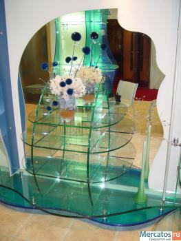 Мебель и предметы интерьера из стекла.