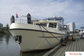 Продаётся стальная моторная яхта Levanto 44