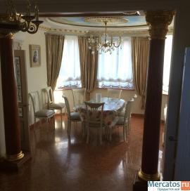 Продается коттедж, площадь 600 м²